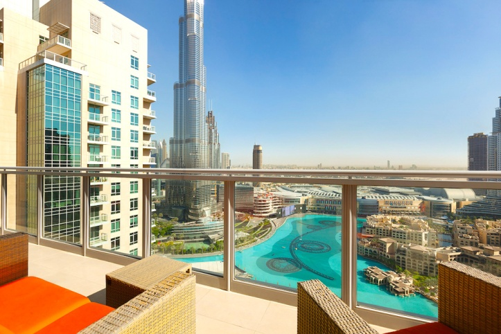 Penthouse-Balcony-Burj-Khalifa-and-Fountain-View-large copy.jpg